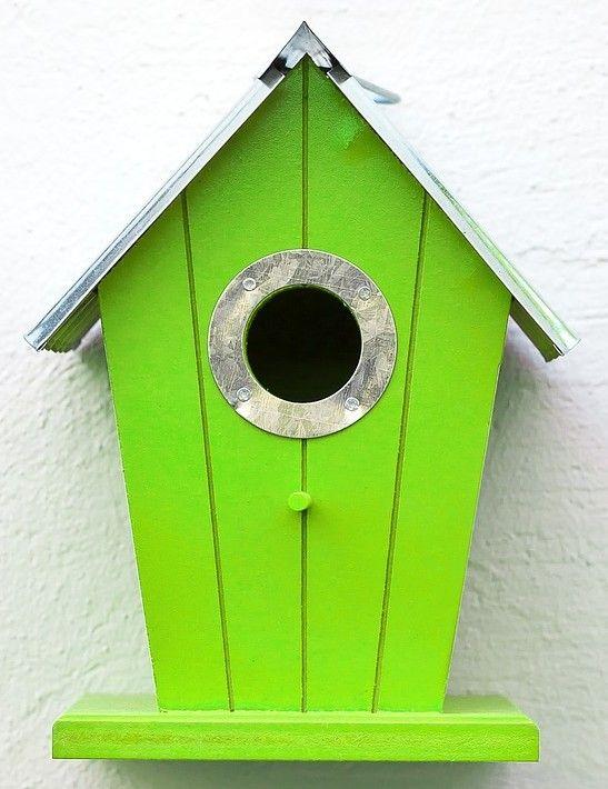 mangeoires pour oiseaux nourrir les oiseaux de votre jardin. Black Bedroom Furniture Sets. Home Design Ideas
